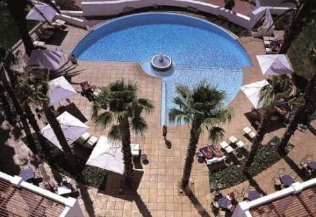 5-456-protea-hotel-president.jpg