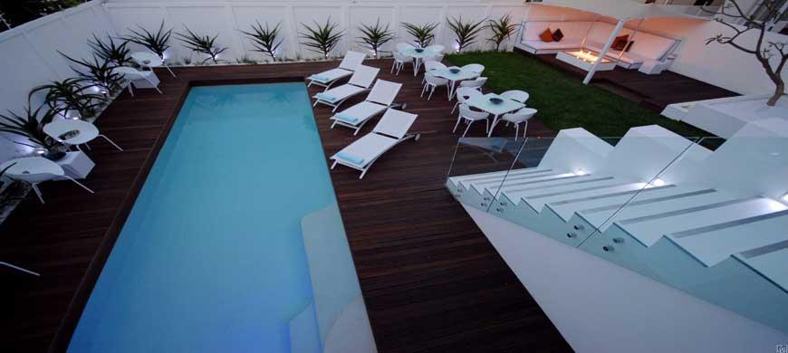 16_garden_pool300dpi.jpg