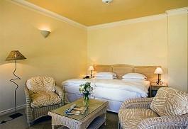 456a_auberge_bedroom.jpg