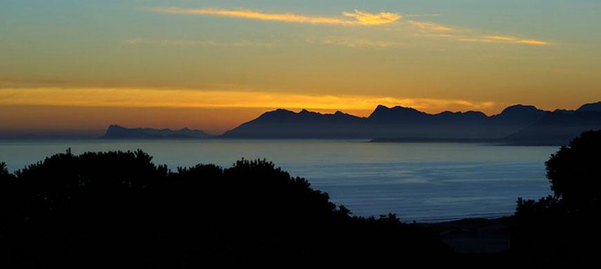 870_villaparadisio_sunset.jpg