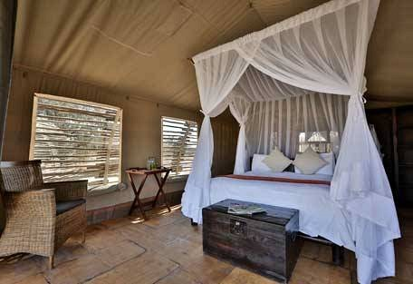 sunsafaris-15-haina-kalahari-lodge.jpg