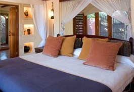 sunsafaris-1-sanctuary-chobe-chilwero.jpg