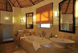 sunsafaris-10-ngoma-safari-lodge.jpg