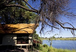 sunsafaris-1-kwando-lagoon-camp.jpg