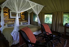 sunsafaris-1-selinda-camp.jpg