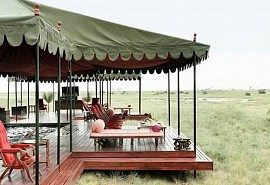 sunsafaris-1-jacks-camp.jpg