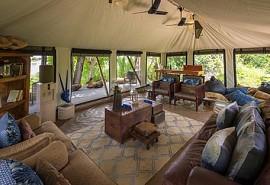 sunsafaris-1-pelo-camp.jpg