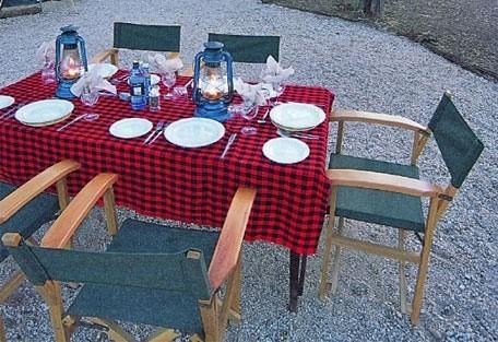 06-outside-dining.jpg