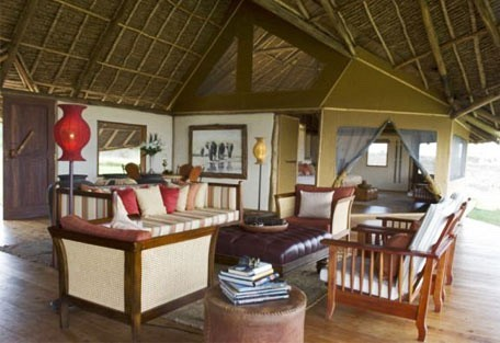 03-guest-lodge-interior.jpg