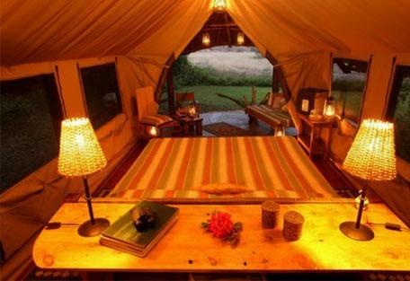 06-tent-interior-bedroom.jpg