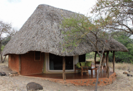 456a_lewa-safari-camp_exterior.jpg