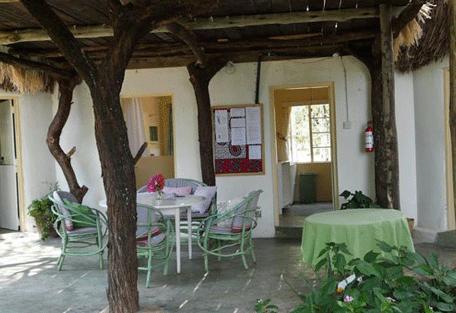 456f_roberts-camp_veranda.png