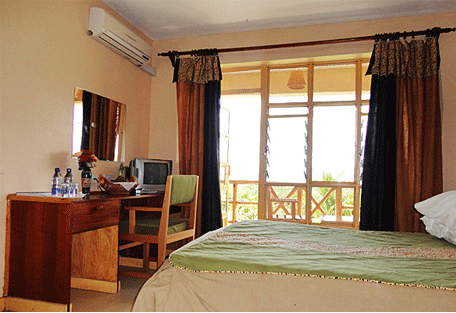 456d_soi-safari-lodge_bedroom.jpg
