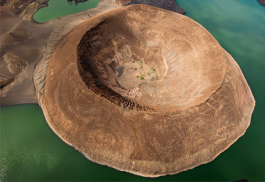 456_lakebogoria_crater.jpg