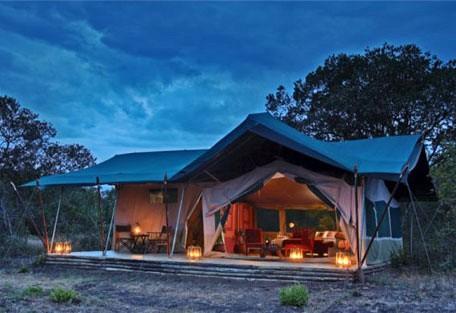 01-tent-exterior.jpg