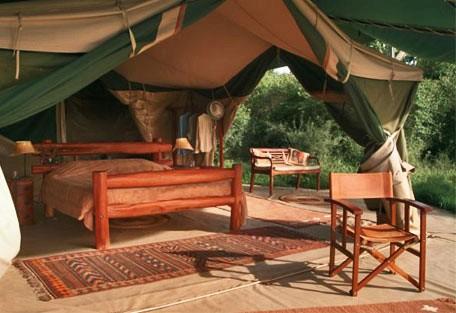 05-tent-interior.jpg
