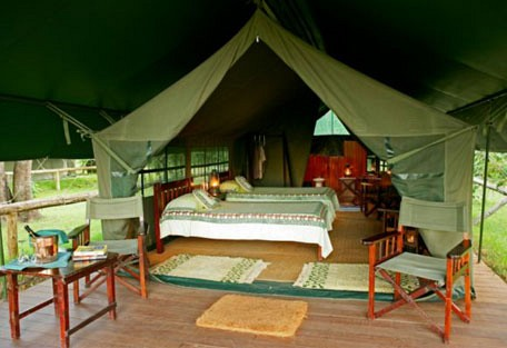 06-guest-tent-exterior.jpg