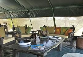 02-lounge-tent.jpg