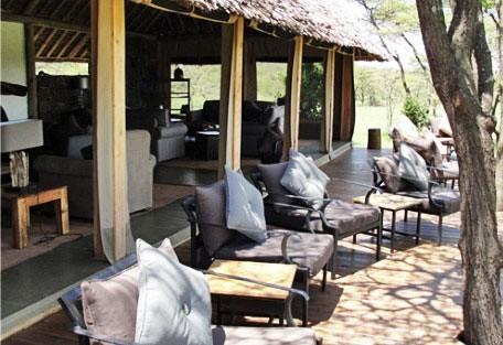 Naboisho-Lounge-Terrace.jpg