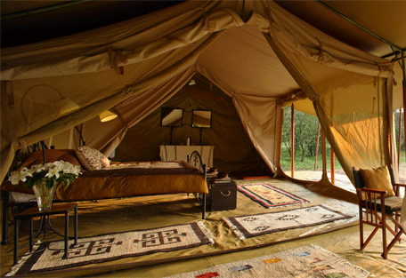 456b_naibor-wilderness-camp_interior.jpg