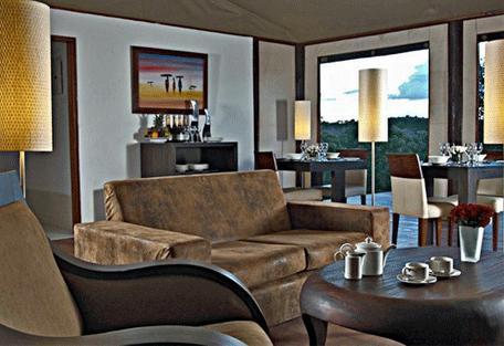 456c_ngerende-island-lodge_lounge.jpg