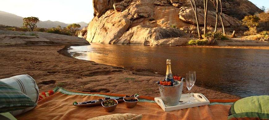 picnic_river.jpg
