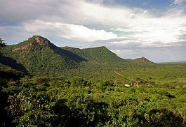 Tsavo-West-National-Park-Ke.jpg