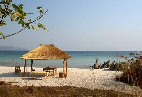 456_malawi_beach.jpg
