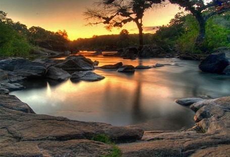 456_nkhotakota_river.jpg