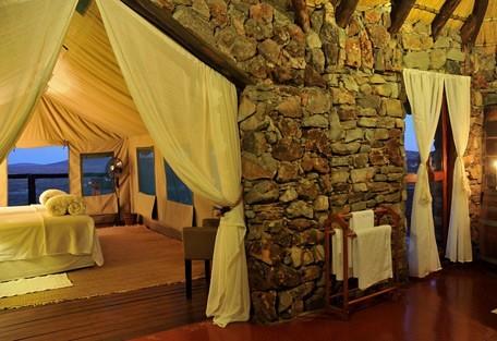 456-1-eagle-tented.jpg & Eagle Tented Lodge | Sun Safaris