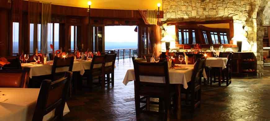 sunsafaris-etosha-mountain-lodge-wide-2.jpg