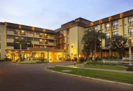 456a_kigaliserena_hotel.jpg