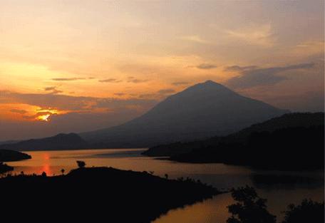 456_volcanoes_sunset.jpg