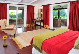 456_gorillasnest_bedroom.jpg