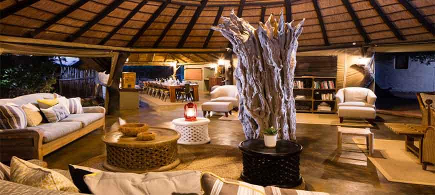 sunsafaris-africa-on-foot-wide-1.jpg
