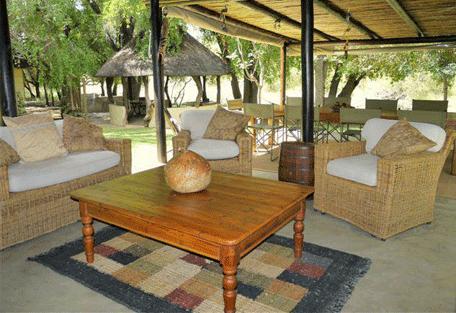456c_elephants-drift_veranda.jpg