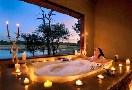 sunsafaris-17-arathusa-safari-lodge.jpg