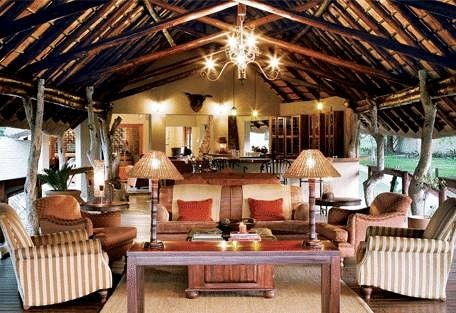 sunsafaris-6-arathusa-safari-lodge.jpg
