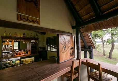 sunsafaris-4-Umkumbe-Safari-Lodge.jpg