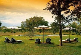 sunsafaris-1-kings-camp.jpg