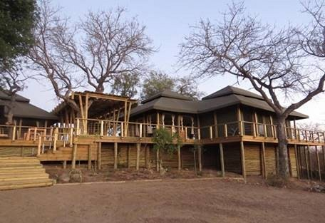 sunsafaris-7-simbavati-hilltop.jpg