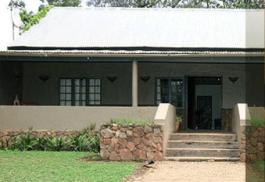 456a_mahogany-lodge_exterior.jpg