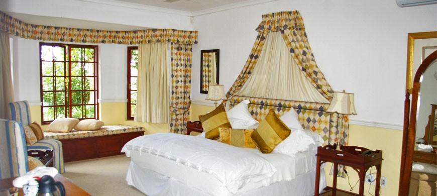 rooms-268.jpg