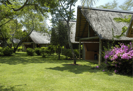 456b_hippo-hollow-country-estate_exterior-front-view.jpg