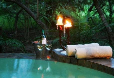 pool_candle.jpg