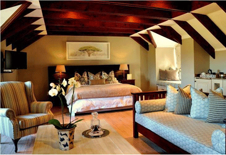 456b_olivers-lodge_bedroom.jpg
