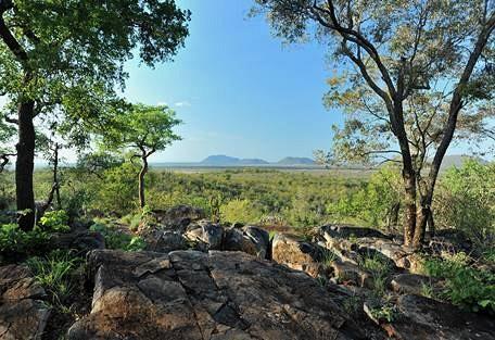 sunsafaris-2-madikwe-game-reserve.jpg