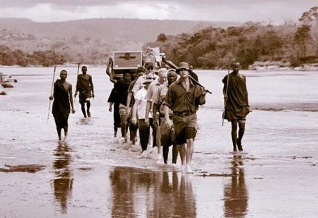 06-porters-crossing-river.jpg