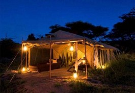 sunsafaris-1-dunia-camp.jpg