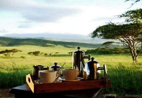 sunsafaris-7-dunia-camp.jpg